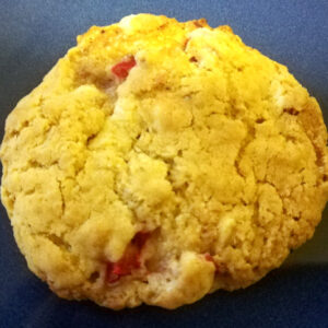 Strawberry and cream cookie